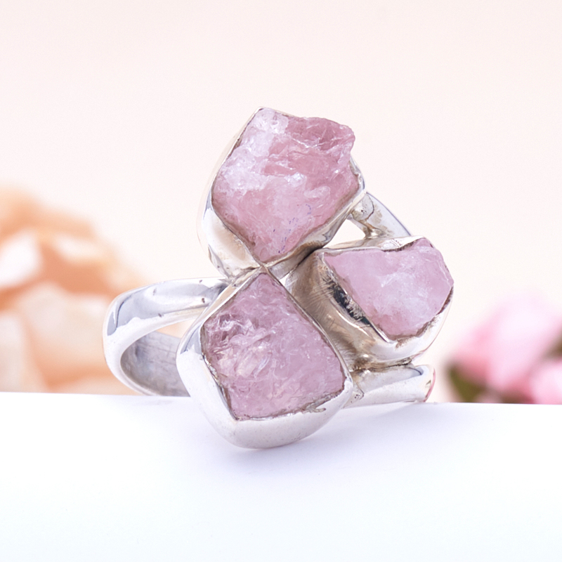 Кольцо розовый кварц  (серебро 925 пр.) размер 18,5