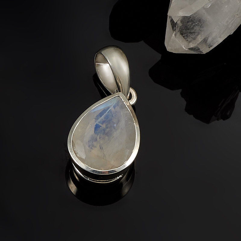 Кулон лунный камень  капля огранка (серебро 925 пр.)