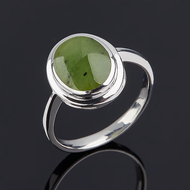 Кольцо нефрит зеленый (серебро 925 пр.) размер 16,5