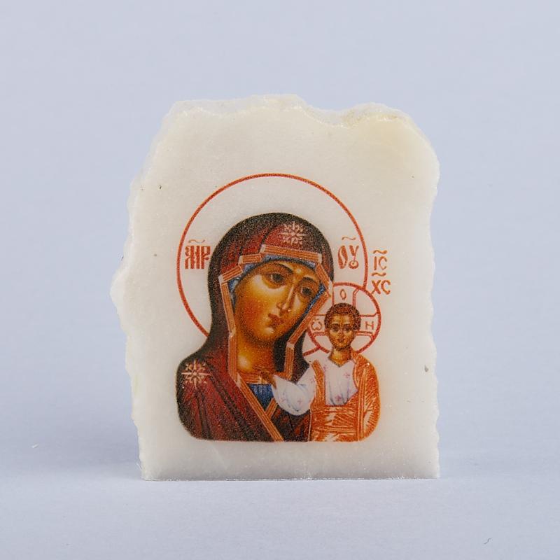 Срез с изображением Богоматерь Казанская селенит  4х4,5 см