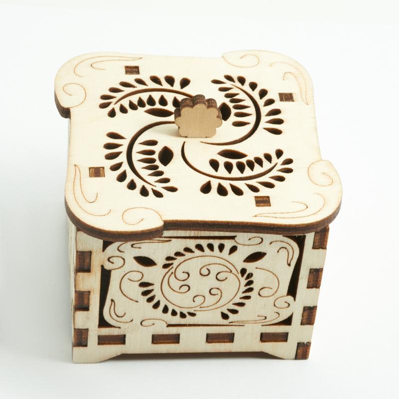 Шкатулка для хранения камней / украшений 4х5,5 см
