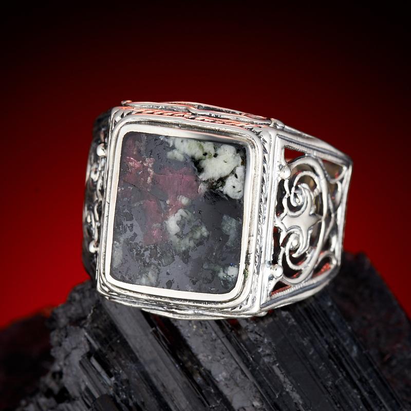 Кольцо эвдиалит  (серебро 925 пр.) размер 21,5