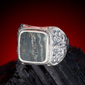 Кольцо тингуаит Россия (серебро 925 пр.) размер 21