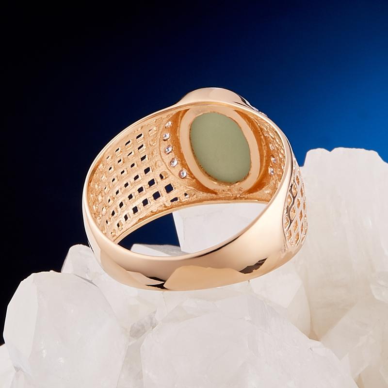 Кольцо нефрит зеленый Россия (золото 585 пр.) размер 18