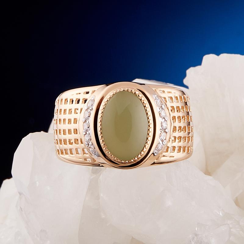 Кольцо нефрит зеленый Россия (золото 585 пр.) размер 25