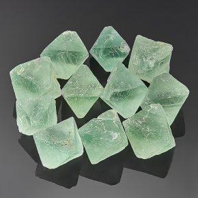 Образец флюорит зеленый Китай (2,5-3 см) 1 шт