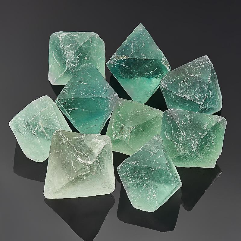 Образец флюорит зеленый  (3-4 см) 1 шт