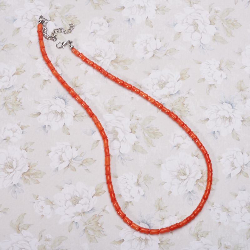 Бусы коралл оранжевый 49-55 см бусики колечки авторские бусы кахолонг прес коралл хрусталь лима арт ант 4194