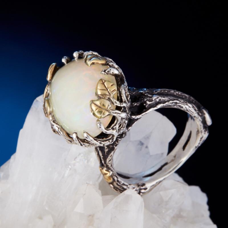 Кольцо опал благородный белый  (серебро 925 пр., позолота) размер 17