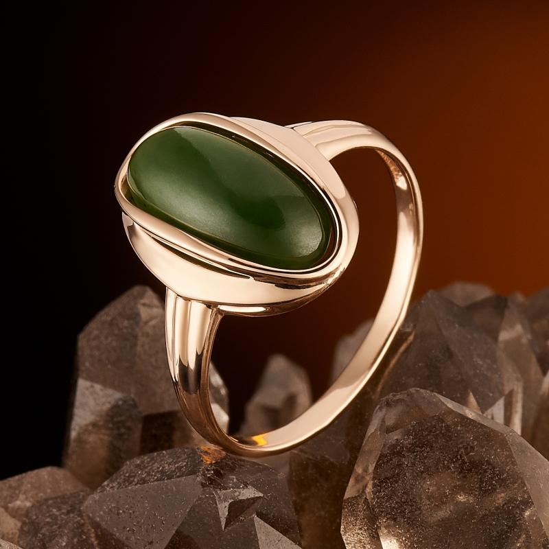 Кольцо нефрит зеленый Россия (золото 585 пр.) размер 19,5