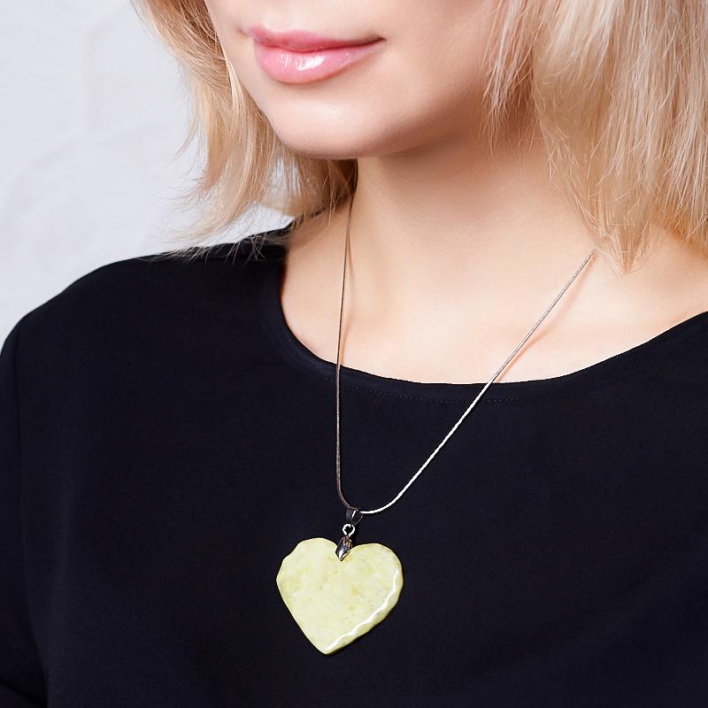 Кулон офиокальцит Россия сердечко (биж. сплав) 5 см