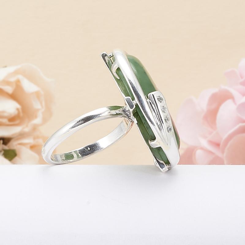 Кольцо нефрит зеленый Россия (серебро 925 пр.) размер 15