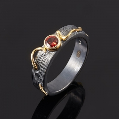 Кольцо гранат альмандин Индия огранка (серебро 925 пр., позолота) размер 18