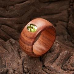Кольцо хризолит США огранка (дерево) размер 17