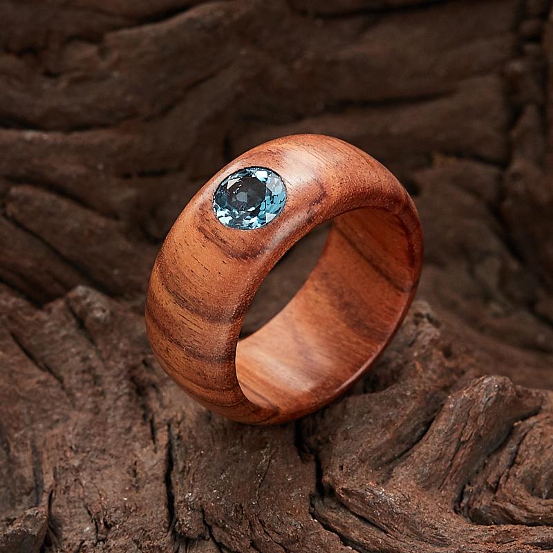 Кольцо топаз голубой огранка (дерево) размер 18,5