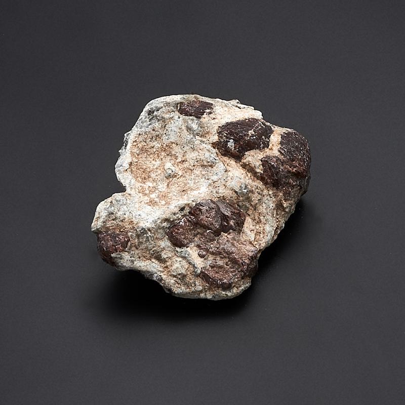 Кристалл в породе гранат альмандин  XS