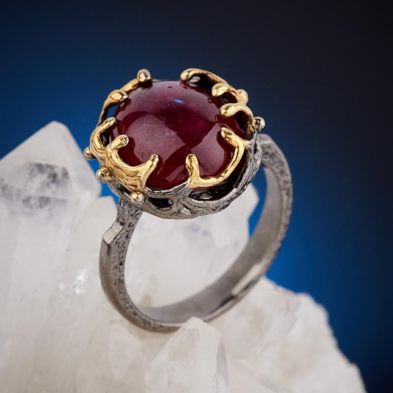 Кольцо корунд рубиновый  (серебро 925 пр., позолота) размер 18