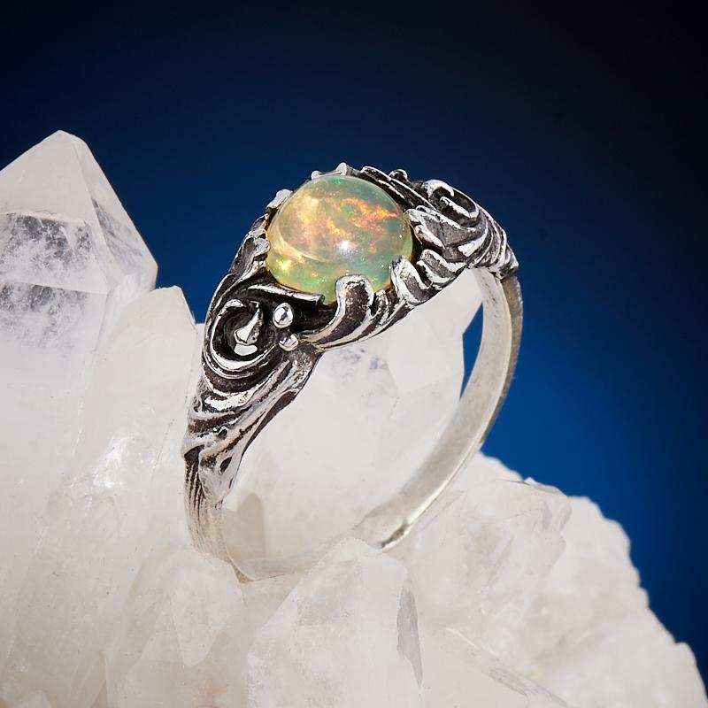 Кольцо опал благородный желтый  (серебро 925 пр.) размер 17,5