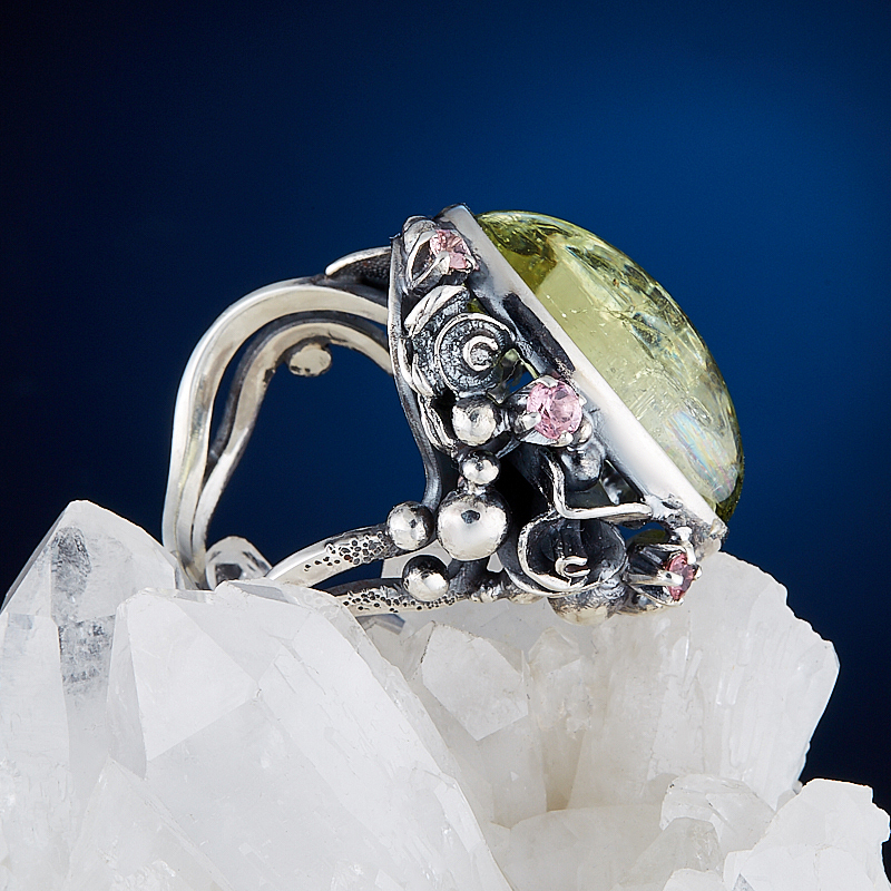 Кольцо берилл желтый (гелиодор) Россия (серебро 925 пр.) размер 18