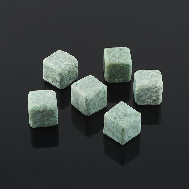 Куб для виски жадеит  2 см (1 шт)