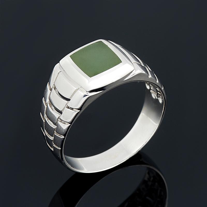 Кольцо нефрит зеленый Россия (серебро 925 пр. родир. бел.) размер 17