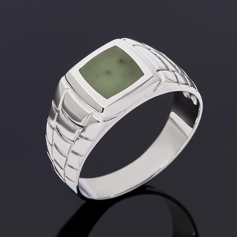 Кольцо нефрит зеленый (серебро 925 пр.) размер 23