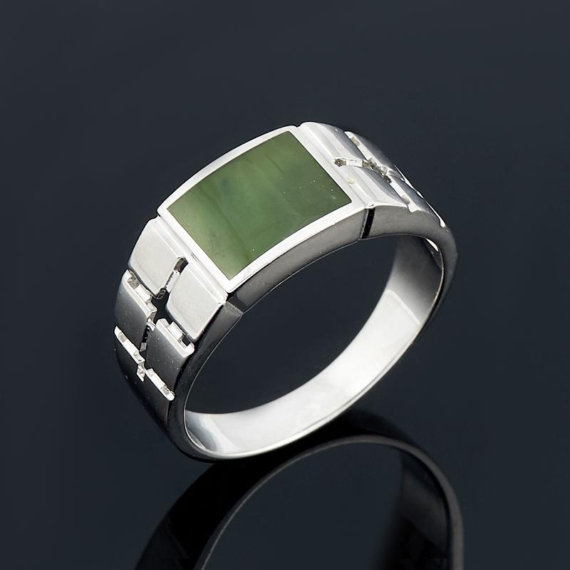 Кольцо нефрит зеленый Россия (серебро 925 пр.) размер 25