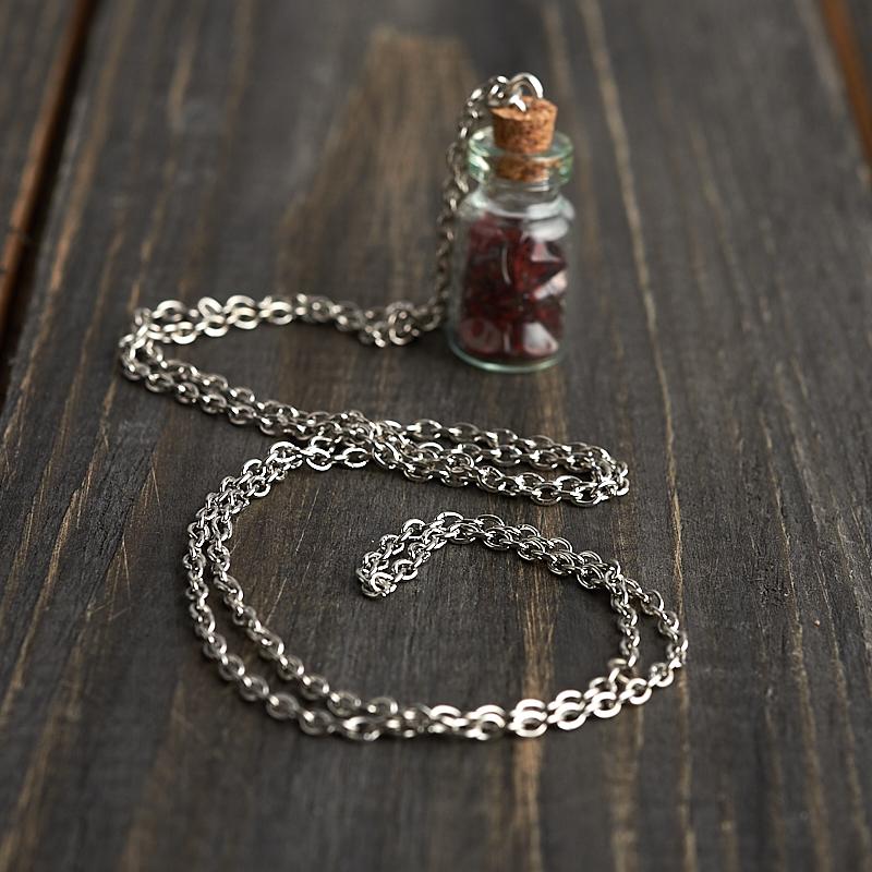 Кулон гранат альмандин Индия бутылочка (биж. сплав) 3 см