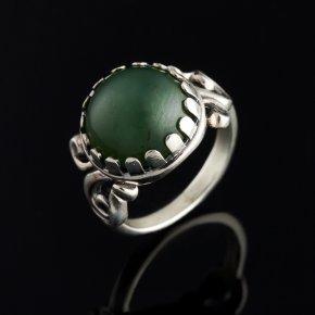 Кольцо нефрит зеленый Россия (серебро 925 пр.) размер 16,5