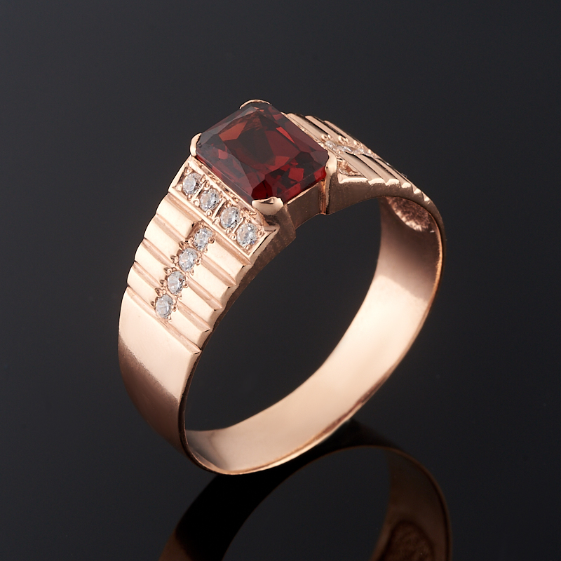 Кольцо гранат альмандин огранка (серебро 925 пр., позолота) размер 19,5