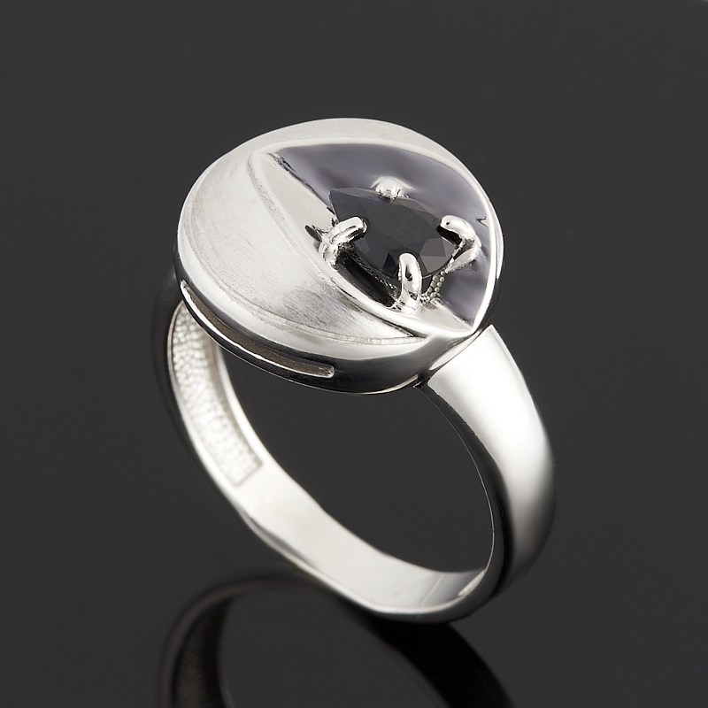 Кольцо сапфир черный огранка (серебро 925 пр.) размер 19