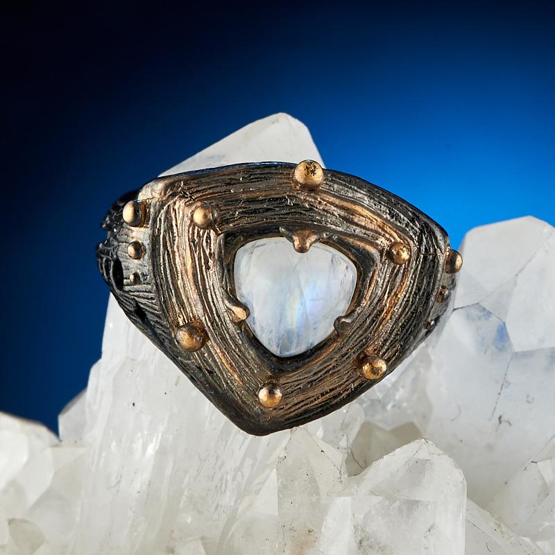 Кольцо лунный камень Индия (серебро 925 пр. оксидир. родир. черн. позолота) размер 17