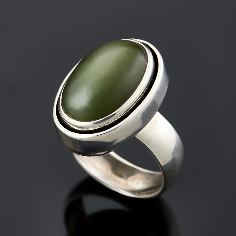Кольцо нефрит зеленый с эффектом кошачьего глаза (серебро 925 пр.) размер 18 браслет из кошачьего глаза леди бнкг 12 4