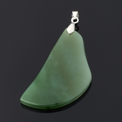 Кулон нефрит зеленый Россия (биж. сплав) 7 см