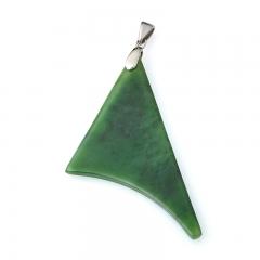 Кулон нефрит зеленый Россия (хир. сталь) 8 см