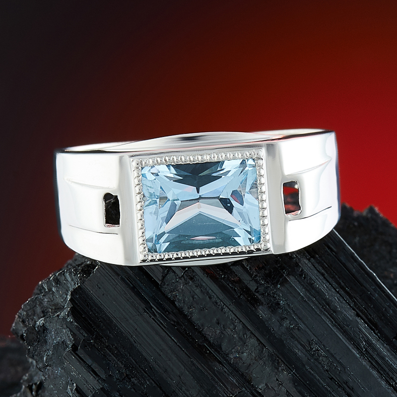 Кольцо топаз голубой огранка (серебро 925 пр.) размер 20 кольцо коюз топаз кольцо т703016479