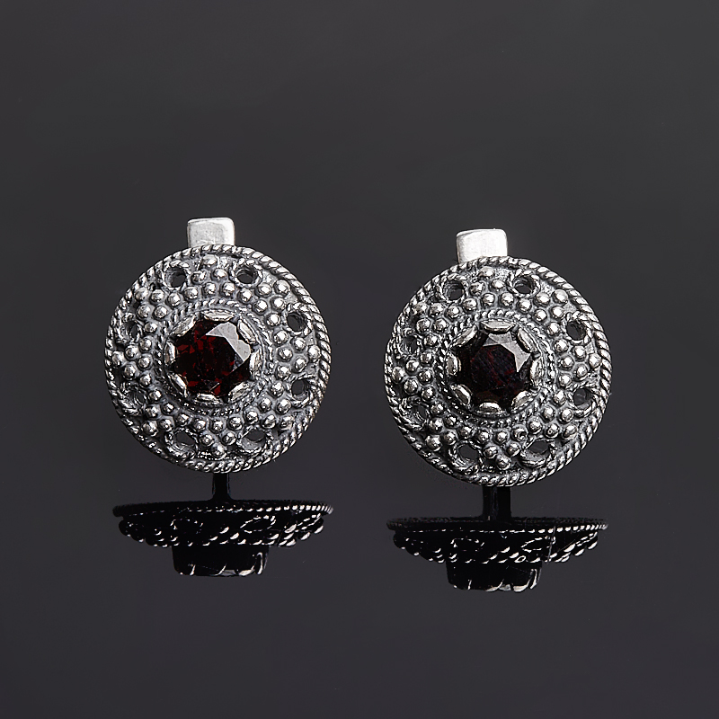 Серьги гранат альмандин огранка (серебро 925 пр.)