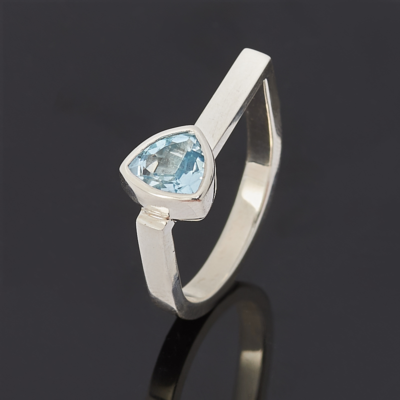 цена на Кольцо топаз голубой огранка (серебро 925 пр.) размер 16