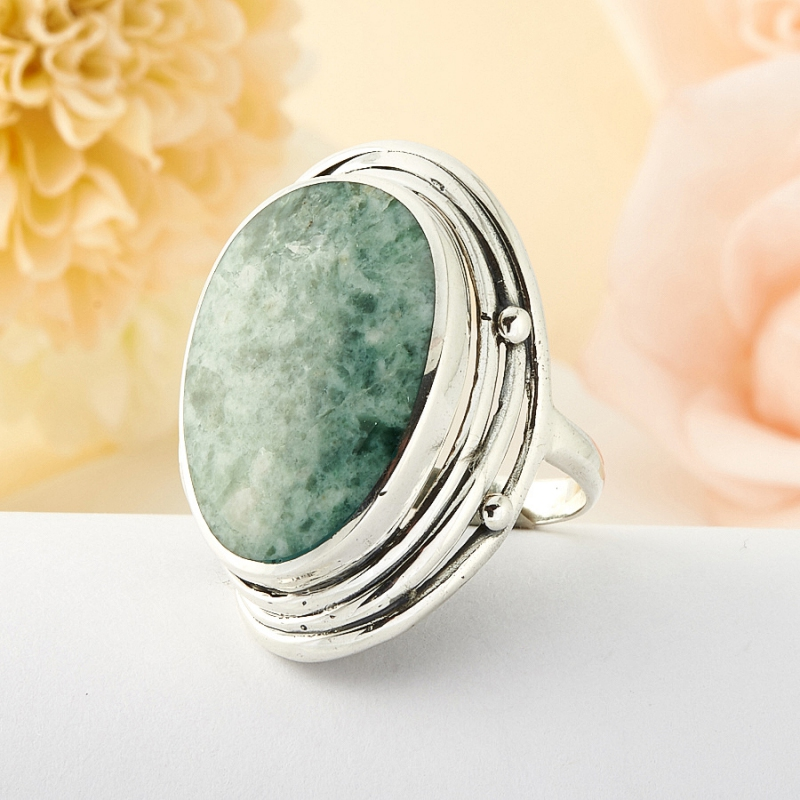 Кольцо везувиан Россия (серебро)  размер 16