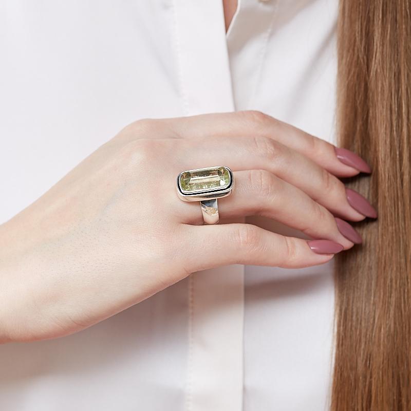 Кольцо берилл желтый (гелиодор) Россия (серебро 925 пр.) размер 17,5