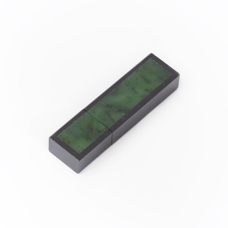 USB-флеш-накопитель нефрит зеленый 8 Гб canis зеленый 120