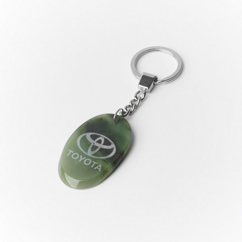 Брелок TOYOTA нефрит зеленый овал 5 см appella 484 1005