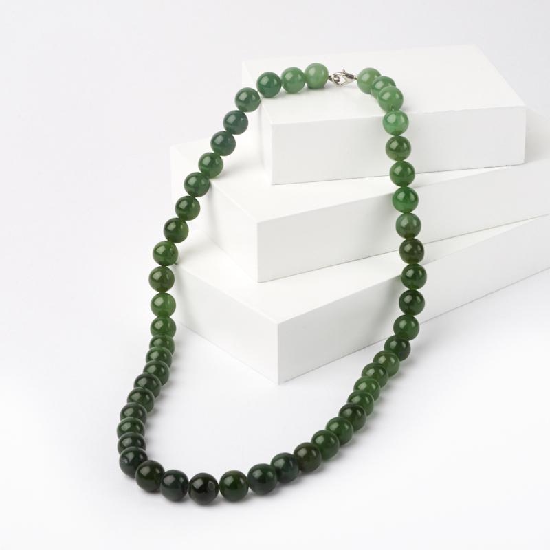 Бусы нефрит зеленый 10 мм 50 см (биж. сплав)
