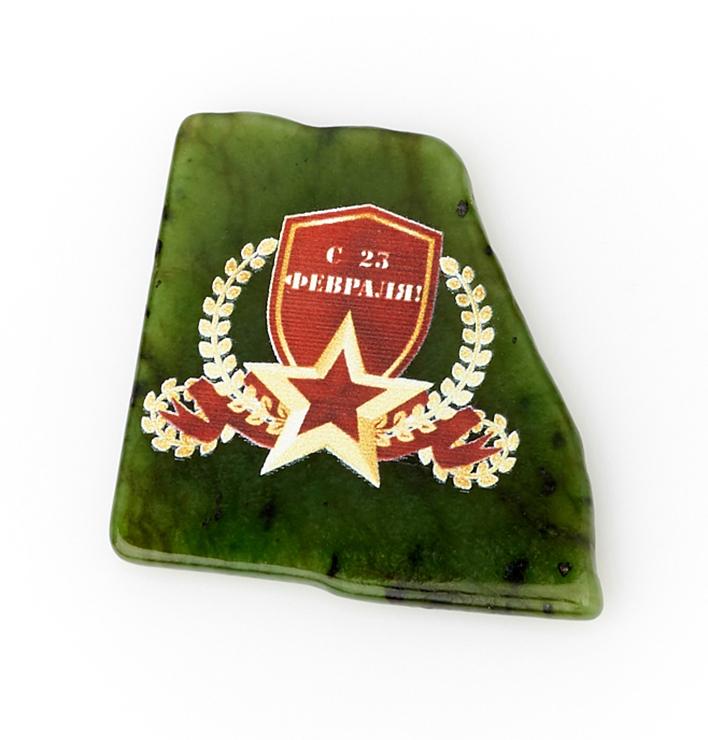 Магнит нефрит зеленый 5-6 см