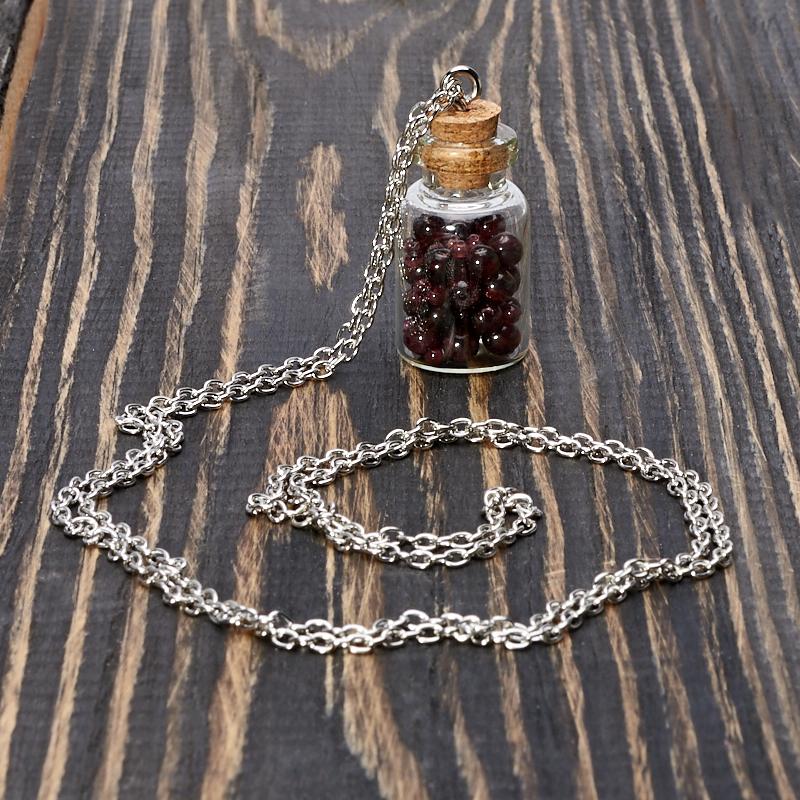 Кулон гранат альмандин Индия бутылочка (биж. сплав) 3,5 см