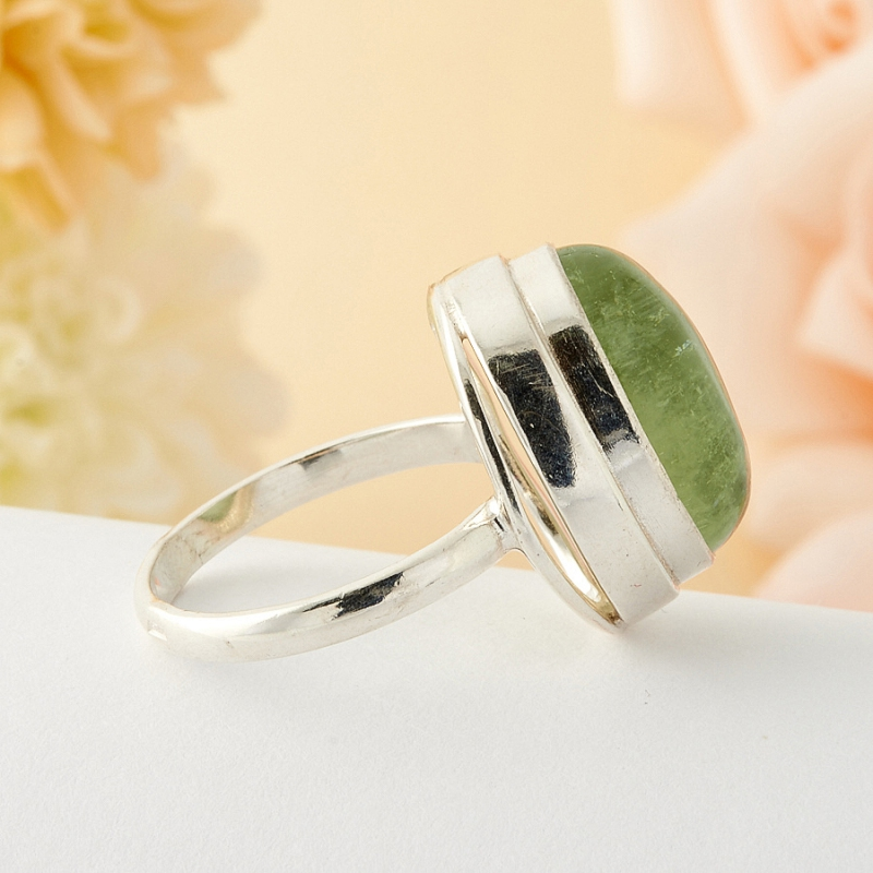 Кольцо берилл Россия (серебро)  размер 17,5