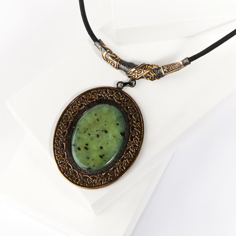 Кулон нефрит зеленый овал (серебро 925 пр., позолота)