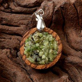 Кулон нефрит зеленый Россия круг (дерево)