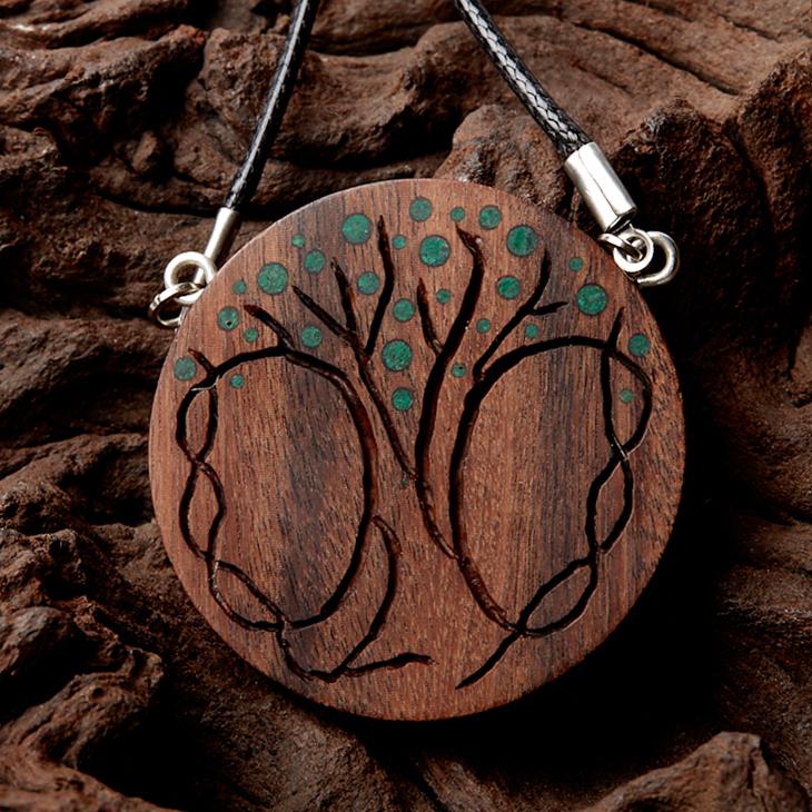 Кулон малахит круг (дерево)