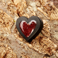 Брошь сердолик Ботсвана (дерево)